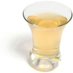 Apple Cider Vinegar - Helps in losing the excess weight, plus its natural and no harmful side effects as compared to diet pills available in the market. #natural #home_remedies