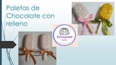 Paletas de chocolate con relleno de crema de cacahuate y galleta oreo