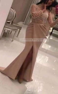 how to measure zipper length * how to measure zipper length Lace Dress Styles, African Lace Dresses, Latest African Fashion Dresses, Elegant Dresses, Beautiful Dresses, Prom Dresses Long With Sleeves, Classy Dress, Designer Dresses, Evening Dresses