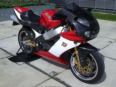 Bimota SB8/R/K Ducati 1198, Bike Design, Custom Motorcycles, Cool Bikes, Motorbikes, Cycling, Bicycling, Motorcycle Design, Motorcycles