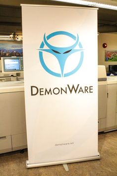 Retractable + Awesome Logo for  demonware 68e7b0d51
