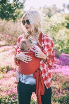 Comment porter son bébé en écharpe ?
