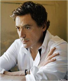 Robert Downey Jr Brazil: Click image to close this window Robert Downey Jr, Robert Jr, Beautiful Men, Beautiful People, Super Secret, Jeremy Renner, Downey Junior, Tony Stark, Chris Evans