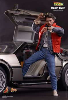 Hot Toys : Back to the Future - Marty McFly 1/6th scale Collectible Figure