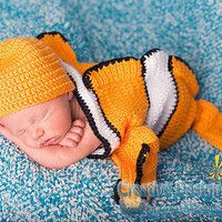 Clownfish Costume for Baby - Finding Nemo set - Cocoon and Hat - newborn outfit