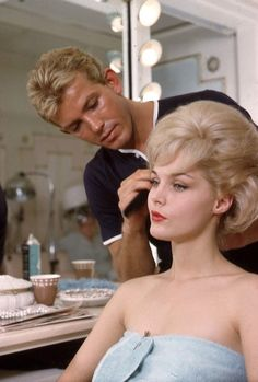 """shelley-fabulous: """" Hollywood hairstylist George Masters, does Carol Lynley's hair, """" Kids Updo Hairstyles, Hairdos For Short Hair, Retro Hairstyles, Black Women Hairstyles, Short Hair Styles, Famous Blondes, Carol Lynley, Masters, 1960s Hair"""