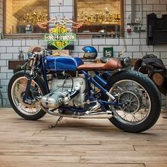 Not really lover of BMW,s but this is niiiiiice! Bike Bmw, Cafe Bike, Cafe Racer Build, Cafe Racer Bikes, Cafe Racers, Bicycle, American Motorcycles, Bmw Motorcycles, Vintage Motorcycles