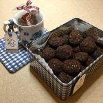 Csokis keksz   mókuslekvár.hu Rum, Dog Food Recipes, Candy, Chocolate, Dog Recipes, Chocolates, Rome, Sweets, Candy Bars