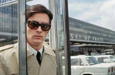 Photogriffon - Les plus belles photos d'Alain Delon - Star mondiale Alain Delon, Le Clan Des Siciliens, Film Le, Movie Film, Wow Photo, Old Flame, Violet Eyes, Lights Camera Action, Optician