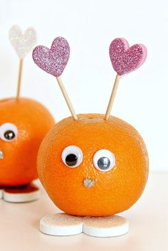 Halos Love Bugs. These little dudes are so cute and so easy with a mandarin and a couple supplies including toothpicks, foam hearts and googly eyes. The perfectly sweet Valentines craft!