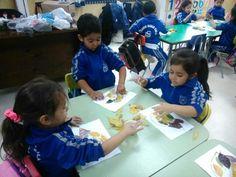 Kinder A desarrollando habilidades artísticas con materiales naturales, fomentando la creatividad en los niños y niñas del nivel