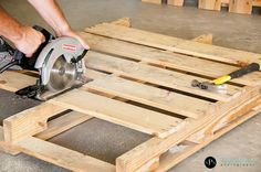 pallet furniture | DIY Weekly Wanderings - Vintage. Repurposed. Home. - DIY Show Off ...