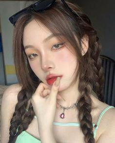 Korean Beauty Girls, Pretty Korean Girls, Cute Korean Girl, Asian Beauty, Asian Girl, Filipino Girl, Face Aesthetic, Really Pretty Girl, Ulzzang Makeup