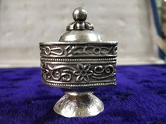 Items similar to Heart Shape Vintage Silver Box - 1980 Vintage Silver Box - Handmade Silver Work Box - Silver Pill Box - Indian Silver Box Jewelry on Etsy Vintage Box, Vintage Silver, Silver Work, Handmade Silver, Heart Shapes, Perfume Bottles, Etsy Shop, Indian, Unique Jewelry