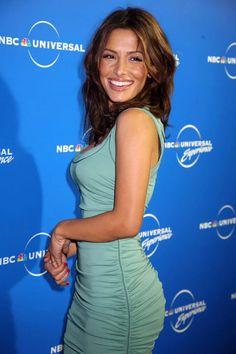 Sarah Shahi : gentlemanboners Sarah Shahi, Most Beautiful Women, Beautiful People, Beautiful Body, Pretty People, Portraits, Great Women, Hollywood Celebrities, Celebrity Pictures