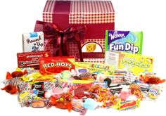 Amazon.com : Candy Crate Nostalgic Candy Assortment Gift Box : Gourmet Candy Gifts : Grocery & Gourmet Food