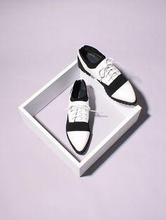 Still life Summer minimal shoes ASAP PARIS on Behance © Clémence Dubois &…