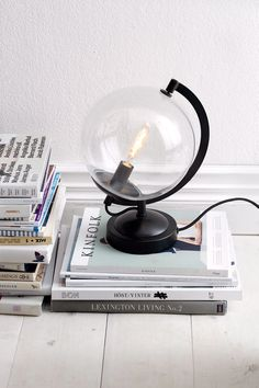 library or bedside lamp? Light Of My Life, Modern Kitchen Design, Lassi, Globes, Scandinavian Design, Floor Lamp, Home Accessories, Home Furniture, Sweet Home