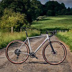Farlight Secan    #fitfunctionform #secan #reynolds853 #bentleycomponents #reynoldstechnology #gravel #byways #road #lanes #roadplus #adventure #explore #tour #cempa #fairlightcycles #fairlightsecan #fairlight #lincolnshirewolds