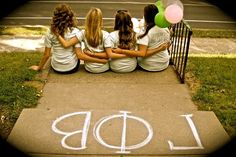 Let's take a picture like this at the photo shoot and print it for recruitment! so cute!