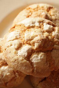 Gooey Butter Cookies: 5 ingredients & ready in 18 minutes! #dessert #recipe