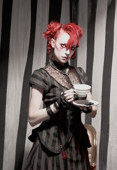 Emilie Autumn... I have a serious problem...