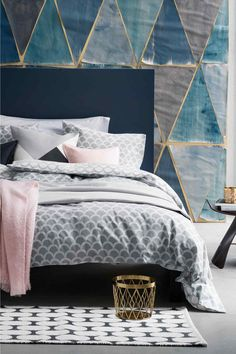 Love pink bedrooms but fear they'll look like Barbie's campervan in no time? Fear not, this post shows you how to decorate pink bedrooms with ease. Pink Bedrooms, Blue Bedroom, Bedroom Decor, Bedroom Ideas, Bedroom Bed, Teen Bedroom, Bedroom Furniture, H&m Home, Cool Beds
