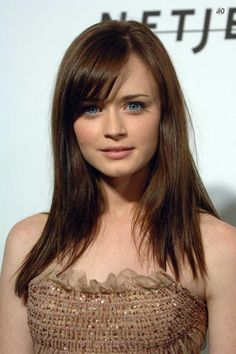 I have always loved her bangs like this!