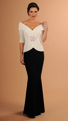 Find elegant black and white mother of the bride evening dresses with long sleeves from our firm. | #eveningdresses | Go to www.dariuscordell.com
