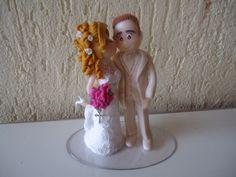 Noivinha beijando o noivo!!!