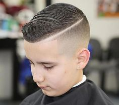 32 Toddler Boy Haircuts - Favorite Style For Your Boy Baby Boy First Haircut, Baby Girl Haircuts, Trendy Boys Haircuts, Kids Hairstyles Boys, Boy Haircuts Short, Little Boy Haircuts, Toddler Hair Dos, Boys Fade Haircut, Side Ponytail Hairstyles