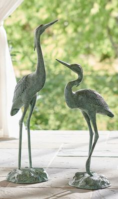 Our Heron Garden Statues are artisan-crafted for realism: molded, welded, and painted by hand to embody all the details of their feathered counterparts. Made of aluminum, this graceful pair is weather-ready, with a powdercoat finish. Each base is weighted with iron to sit securely. Moss Garden, Garden Oasis, Lawn And Garden, Outdoor Garden Statues, Outdoor Material, Peat Moss, Tree Stump, Coastal Homes, Flower Boxes
