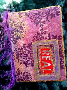Tarjeta postal, reciclada de paquetes de galletas, de kellogs...de cualquier cartón interesante ;-)  Cada postal es única y original.    Postales p...