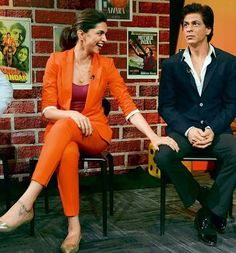 Deepika Padukone and Shah Rukh Khan -  Chennai Express promotion (2013)