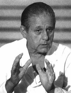 Dr. René Favaloro,creador,entre mil logros,del by pass cardíaco.
