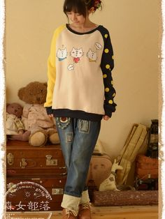 Cartoon cat patchwork pullover #asianicandy #kitty #pullover