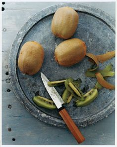 Superfood of the Week: Kiwifruit #SelfMagazine CHEERS TO KIWI!!