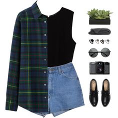 A fashion look from September 2015 featuring Uniqlo tops, Zara tops and Retrò shorts. Browse and shop related looks.