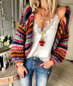 Image could contain: one or more people and people standing Top Fashion, Knit Fashion, Womens Fashion, Diy Summer Clothes, Diy Clothes, Moda Crochet, Knit Crochet, Rainbow Outfit, Rainbow Clothes