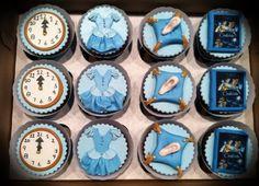 Cinderella cupcakes - Cake by Susan maestas - CakesDecor Cinderella Party Food, Cinderella Sweet 16, Cinderella Cupcakes, Disney Cupcakes, Fancy Cupcakes, Cinderella Birthday, Themed Cupcakes, Yummy Cupcakes, Birthday Cupcakes
