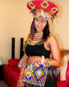 African Fashion Skirts, South African Fashion, African Fashion Designers, Zulu Traditional Wedding Dresses, African Traditional Dresses, Traditional Styles, Zulu Wedding, Rajputi Dress, African Culture