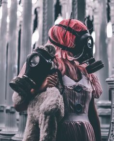 Twisted Tales Tattoo Manche, Gas Mask Girl, Smoke Photography, Masks Art, Chernobyl, Mad Max, Post Apocalyptic, Apocalypse, Vintage Photos