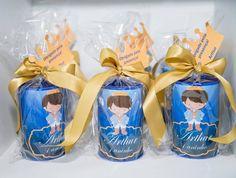 Lembrancinha Cofrinho - Ideias Festa Príncipe Arthur Prince Birthday Party, Prince Party, Royal Prince, First Birthdays, Baby Gifts, Centerpieces, Baby Boy, Baby Shower, Rei Arthur