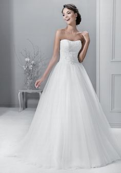 svatební šaty - Hledat Googlem