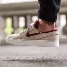 purchase cheap 755bd 82f68 Nike Stefan Janoski SE StringTeam Red-Gm Light Brown-Ivory