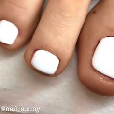 gel nails designs ~ gel nails & gel nails ideas & gel nails ideas spring & gel nails at home & gel nails designs & gel nails spring & gel nails short & gel nails ideas short Patrick Nagel, Acrylic Toe Nails, Pretty Toe Nails, Pretty Toes, Nice Toes, Cute Toe Nails, Nagel Bling, Pedicure Nail Art, Manicure Ideas
