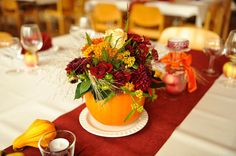Kürbisgestecke für Hochzeit im Herbst.