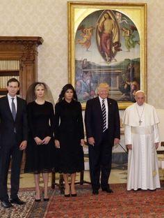 Estas fotos comprueban lo emocionado del Papa por recibir a Trump y en Twitter no paran de reírse