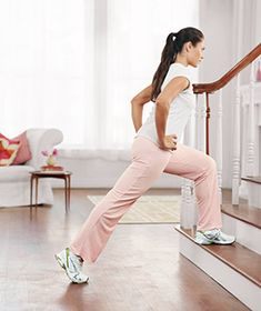 Stairs Workout - Use any set of stairs, indoors or out, to complete this quick cardio workout. Detailed instructions for proper form. Home Exercise Program, Home Exercise Routines, Workout Programs, Fitness Diet, Health Fitness, Fitness Motivation, Sculpter Son Corps, Stairs Workout, Burn Fat Build Muscle