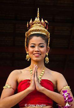 """Thai dancer """"Wai"""""""